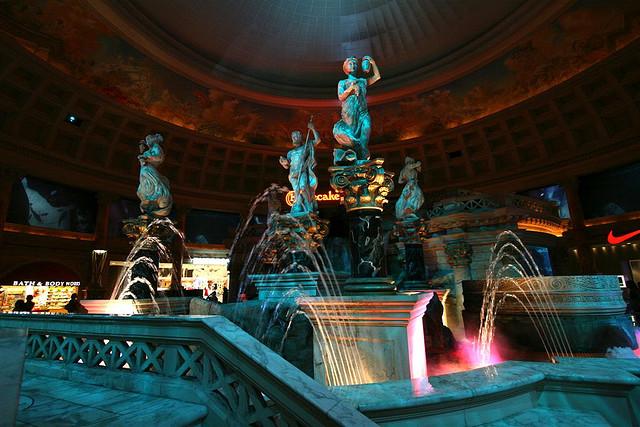 caesars palace swingerclub laya spot