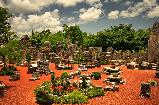 Мистический Коралловый Замок (Coral Castle Museum) в Homestead, Florida