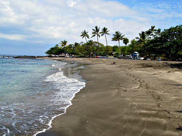 Hookena Beach Park (South Kona)