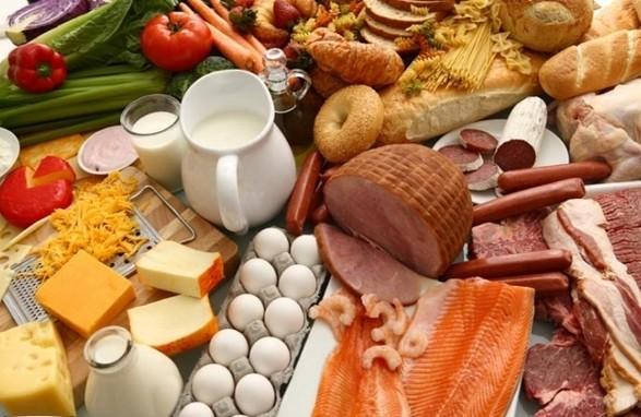 Пища, еда, напитки как причина появления прыщей