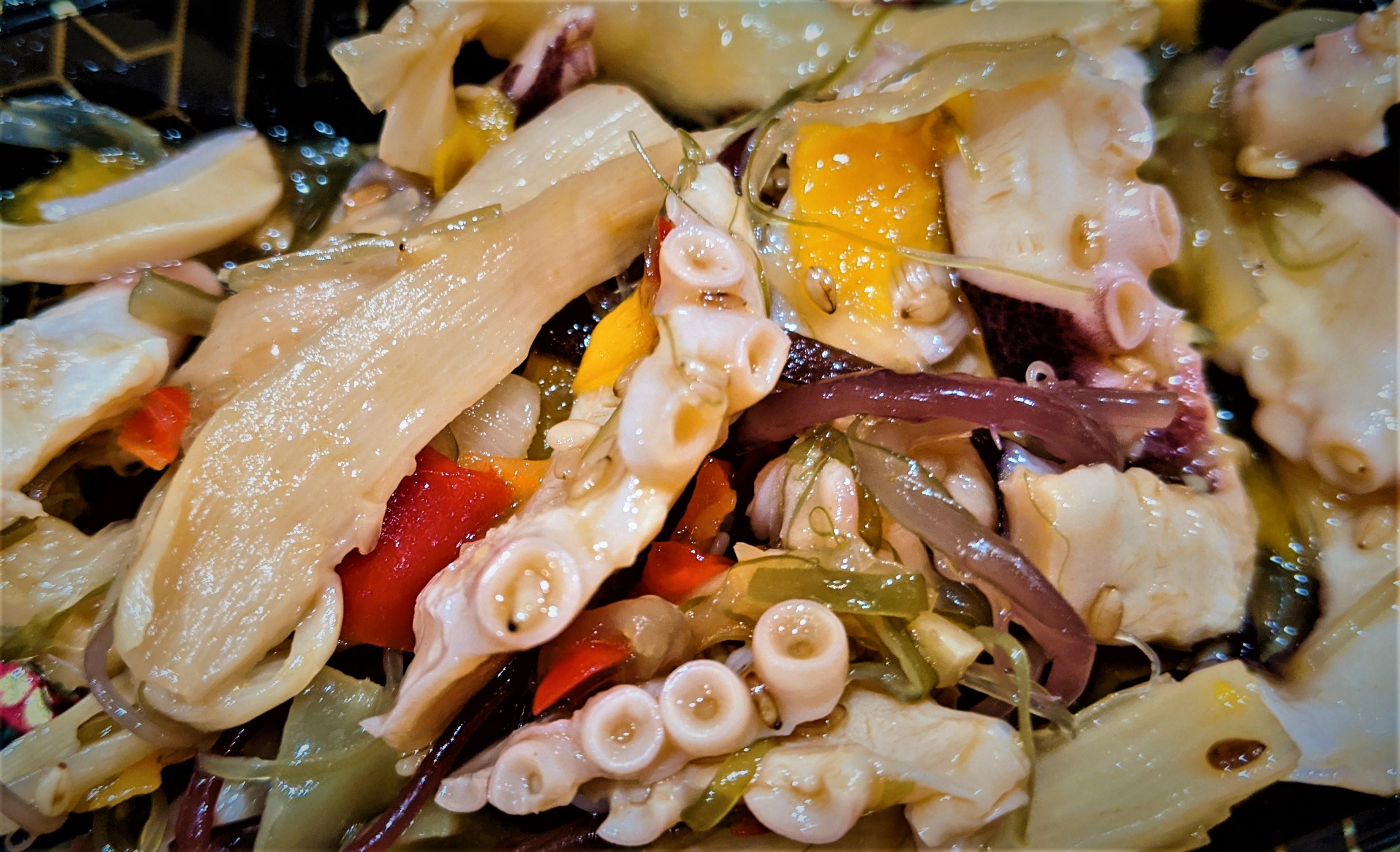 Азиатский салат с кальмарами (asian squid salad)